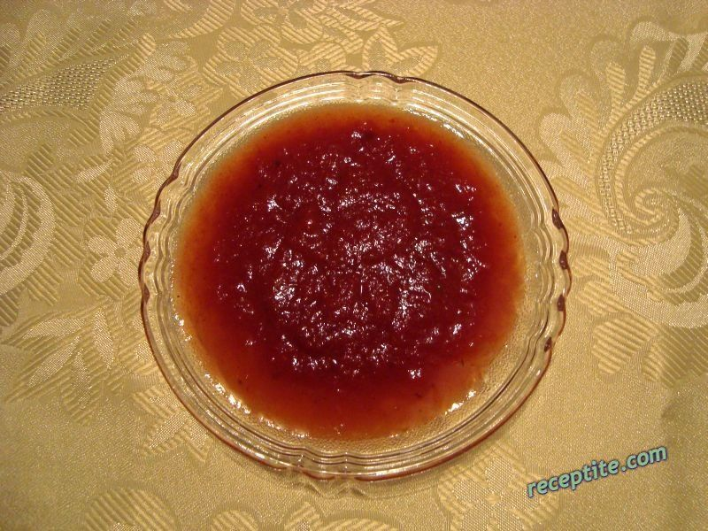Снимки към Пикантен кетчуп
