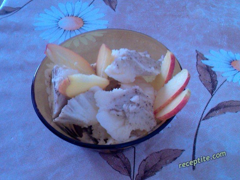 Снимки към Домашен млечен сладолед