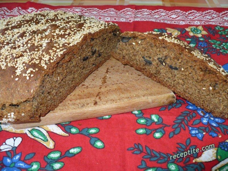 Снимки към Бърз хляб с маслини и джоджен