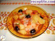 снимка 2 към рецепта Риба с маслини и картофи