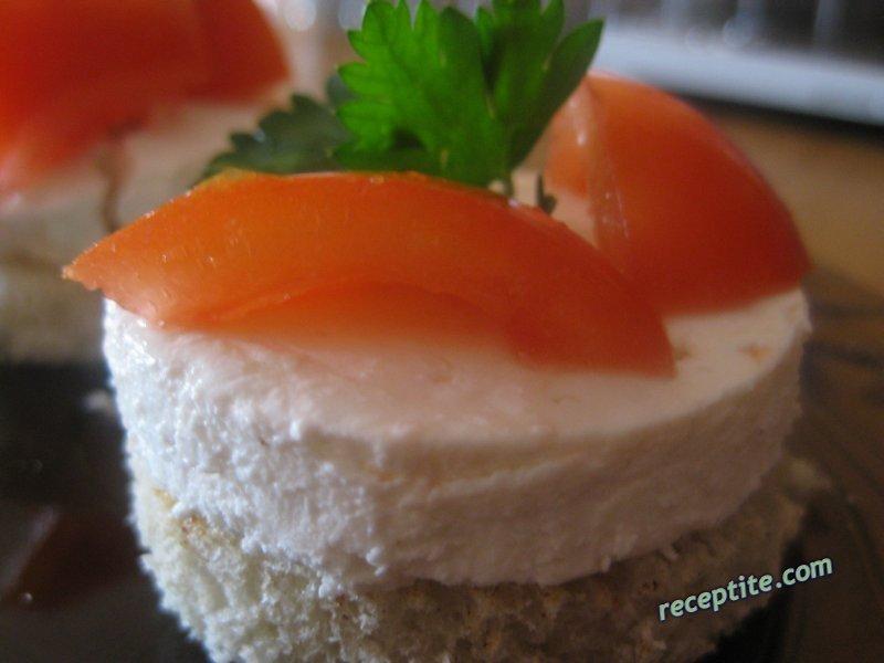 Снимки към Хапки с мариновано сирене и чери доматчета