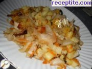 Father's potatoes (fried potatoes with pickles)