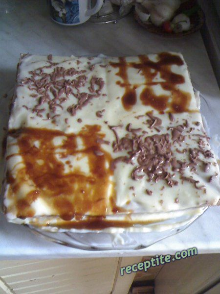 Снимки към Торта с готови блатове и крем нишесте - II вид