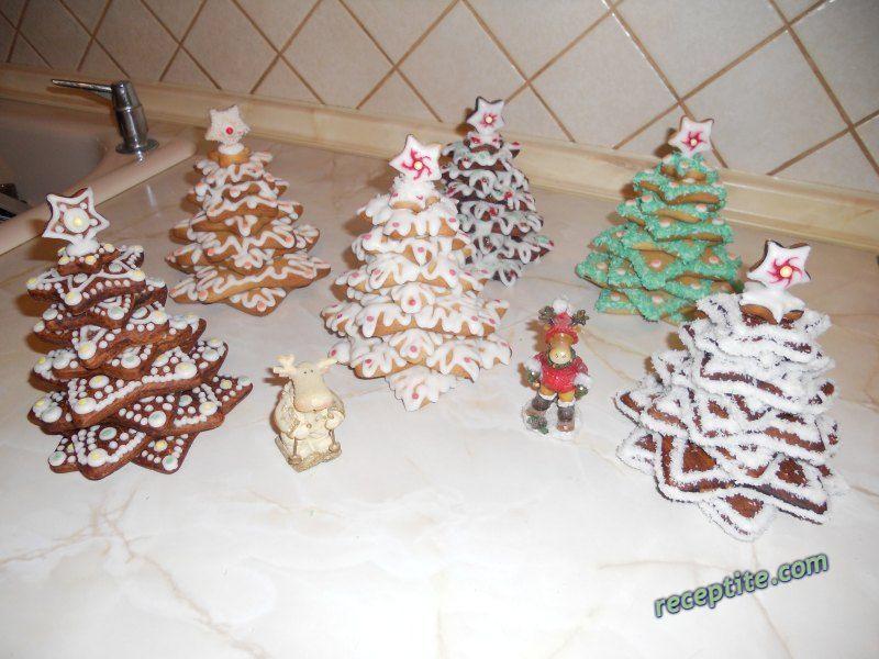 Снимки към Коледно-Новогодишни украси и трапези