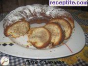 Sponge cake with compote
