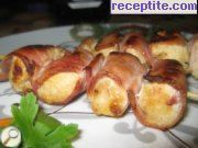 Chicken skewers with bacon
