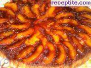 снимка 15 към рецепта Сладкиш с карамел и нектарини