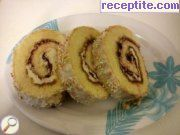 Rolls with cream and jam berries