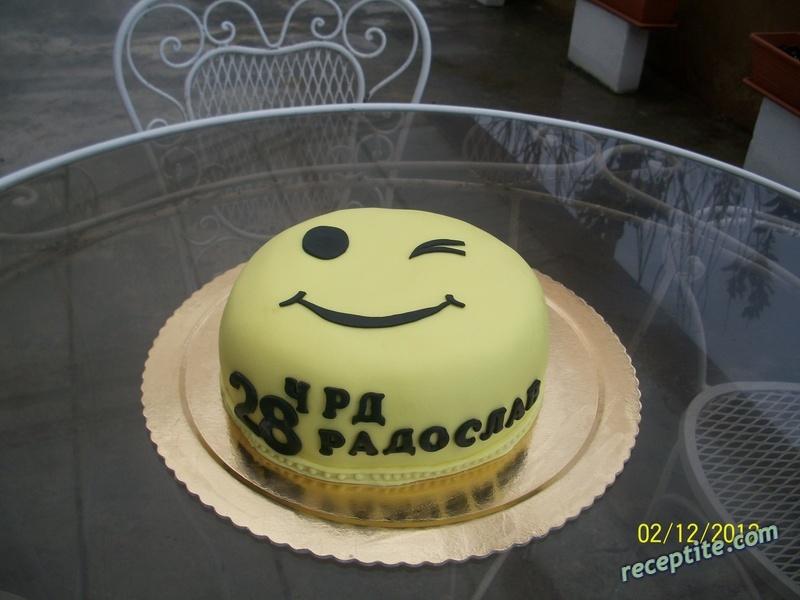 Снимки към Медено-захарно тесто за украса на торти