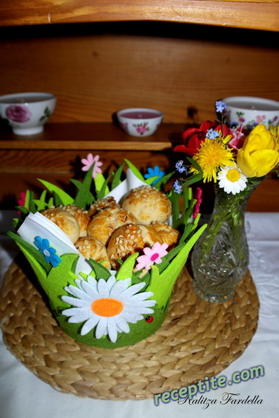 Снимки към Векен - млечни сладки хлебчета (Heisswecken)