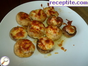 Stuffed mushrooms with processed cheese and smoked chicken