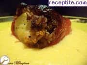 Stuffed peppers with minced meat sauce