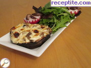 Stuffed mushrooms with onions and cheese