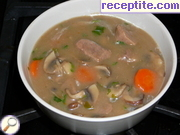 Velvet lemon soup with beef and mushrooms