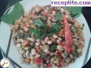 Beans with vegetables and spinach
