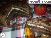 Layered cake with two types of cream