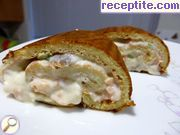 Roll with canned tuna and cottage cheese