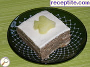 Biscuit layered cake with melon