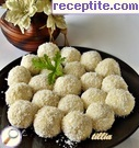 Coconut balls with cottage cheese