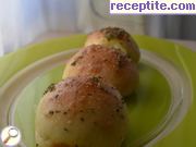 Buns with garlic sauce