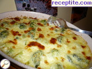 Broccoli with cream and cheese