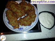 Schnitzel with potatoes and minced meat