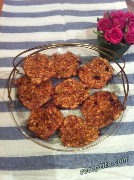 Снимки към Бисквити с две съставки