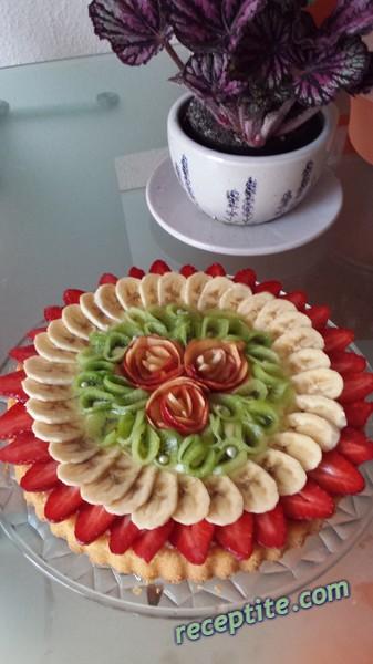 Снимки към Плодова пита с пресни плодове
