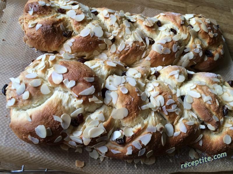 Снимки към Козуначено тесто замесено в хлебопекарна