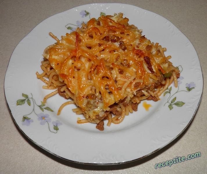 Снимки към Спагети на фурна с кашкавал